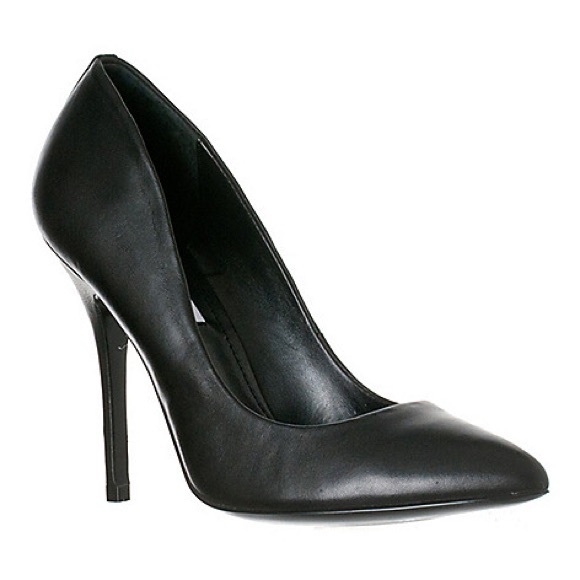 Steve Madden Shoes - Steve Madden Galleryy Stiletto Heels
